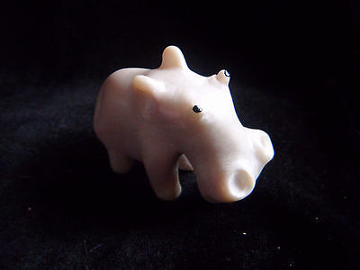 Sweet little carved soapstone Hippopotamus, Hippo, ornament