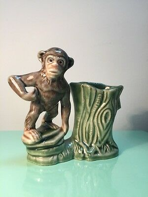 Vintage Wade England Monkey Chimp Posy Spill Vase -   Mint Condition