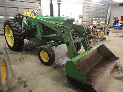John Deere 3020  w/ JD 148 Loader and Valve, Gas, Factory Wide  JD Farm Tractor