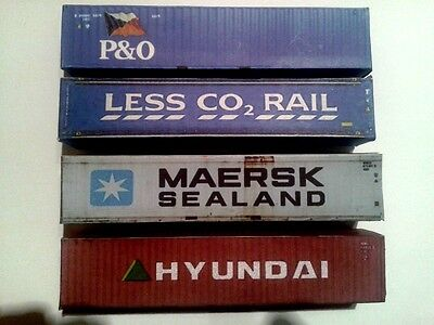 Model Railway OO Gauge Shipping Containers - Model Railway Scenery