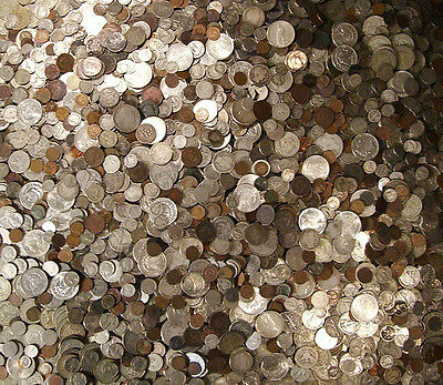 One Half LB US Obsolete Coins Old Silver Dollars Halves Qters Dimes Nicks Cents
