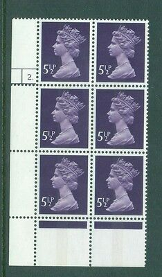 Great Britain 5 1/2p Machin Cylinder 2 dot  Phos No. 18  Block 6 SG869 MNH