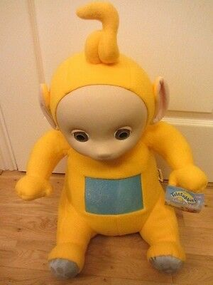 "Teletubbies Playskool Large Huge 21"" Laa-Laa Soft Toy Tagged Ages 1.5 & Up"