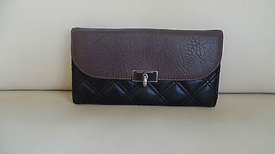 Marc Jacobs Quilted Black Leather Wallet purse Made in Italy Clutch