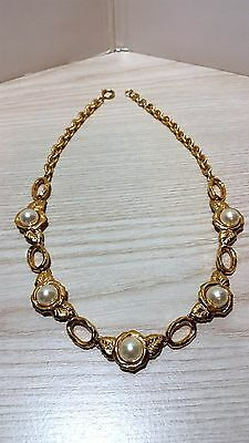 Vintage Gold tone Flower design Necklace with artificial Pearls (Monet style)