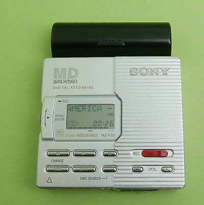 Sony High-End MD Walkman Digital Recording MZ-R90 Minidisc