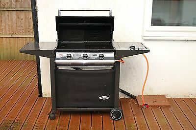 Beefeater 900 Deluxe 3 Burner Gas Barbecue BBQ