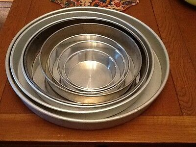 LOT Of 8 WILTON PERFORMANCE ROUND CAKE PANS AND ACCESSORIES DECORATOR BAKER