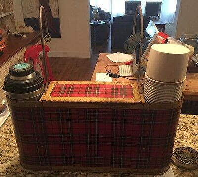 Vintage Car-Snac Gotham metal plaid picnic basket & Sportsman thermoses