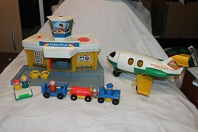 Vintage Fisher Price Airport 933 & plane #182. People, jet fuel, more