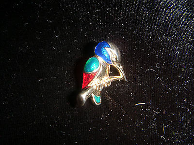 Sweet little gold tone and enamelled Kingfisher brooch