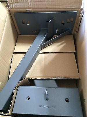 Directv Or Dish Network 221-365 Steren Clamp-On Satellite Dish Mount Large