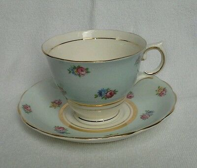 Vintage  COLCLOUGH TEA CUP SAUCER Blue floral TEACUP SET mint condition gilt