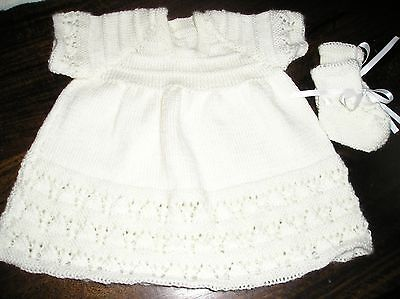 Newborn Baby's White Lace Dress & Bootees. Size 0000. Gorgeous.