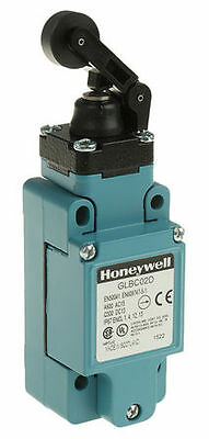 Honeywell IP67 Snap Action LimitSwitch, RollerLever, Die Cast Zinc, NO/NC, 600V