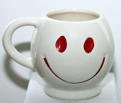 """Vintage McCoy White with Red Smiley Face Round Coffee Mug 3 5/8"""" tall HAPPY Cup"""