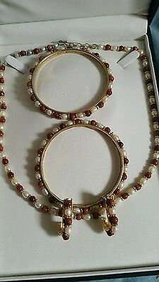 Freshwater pearl and goldstone jewellery set