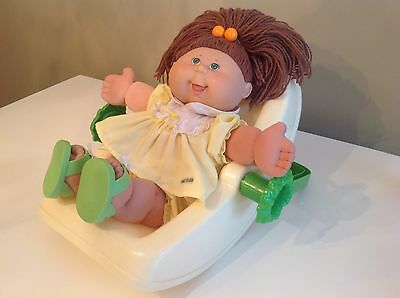 Cabbage Patch Doll Set: 2004 Doll, green eye, Freckles W/ 80's clothes & Carrier