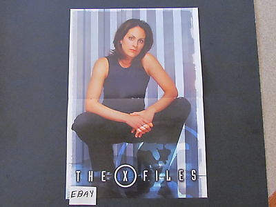 Double-Sided Fold-Out Mag. Clipping/Poster THE X FILES - Annabeth Gish, Scully