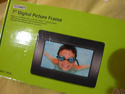 "Technika 7"" Digital Picture Frame"