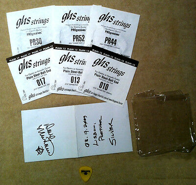 Dave Mustaine - Megadeth  - Stage-Used Guitar String Set & Pick - Autographed!