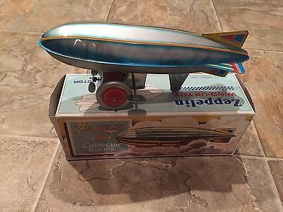 Reproduction Tin Litho Windup Toy 80'S Made Collectors Series With Box