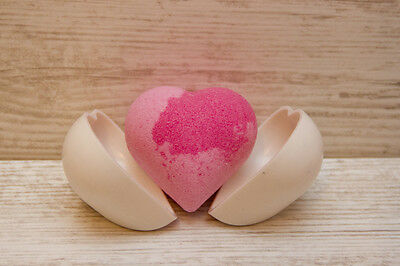 Heart Bath Bomb mould, Heavy duty plastic, 85-90g, Dishwashable, International !
