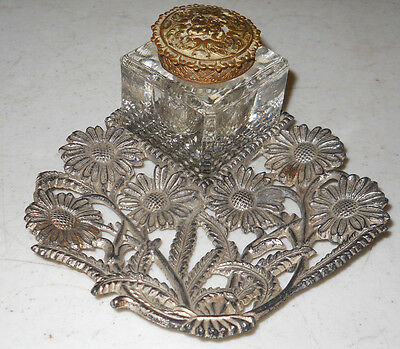Antique Brass Daisy Floral Inkwell With Glass Insert & Lid