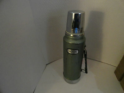 VINTAGE - USED ALADDIN STANLEY METAL THERMOS w/ HANDLE -  # A944CH QUART