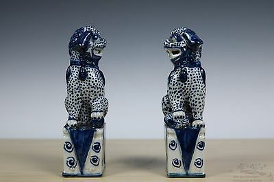 Beautiful A Pair Blue and White Chinese Porcelain Foo Dog Statues