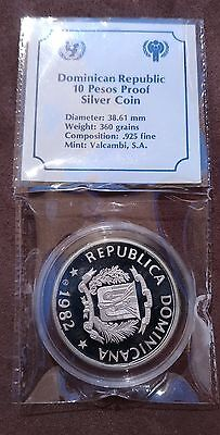 1982 Dominican Rep 10 Pesos International year of the Child Silver proof KM# 57