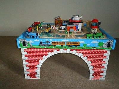 Wooden Thomas the Tank Engine Table and Railway