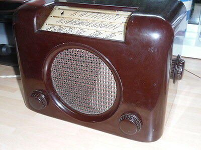 ANTIQUE BAKELITE RADIO super condition