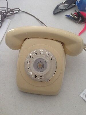 old style home phone great comdition pu mernda