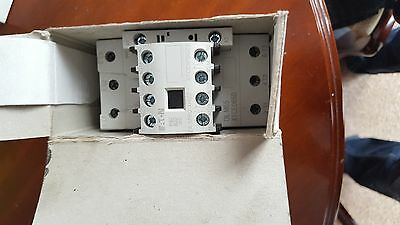 Eaton Contactor  Relay Dil M65 Xtce065D 3 Pole 250Vdc 80A 80 Amp A
