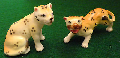 2 Vintage Bone China Miniature Cheetah Figurines Shiken Japan Spotted Wild Cats
