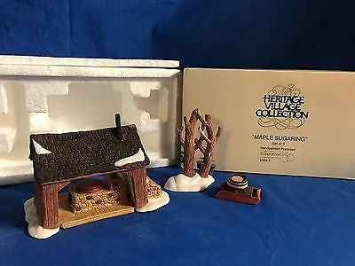 NEW ENGLAND MAPLE SUGARING SET/3 Dept 56 Accessory #65897 - MINT Retired