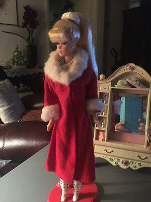 Vtg Beautiful Red Full Length Coat With Faux Fur Collar & Cuffs