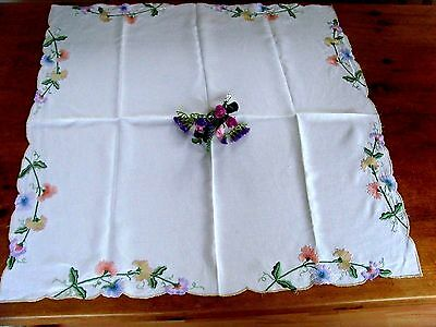 Beautiful Vintage Linen Hand Embroidered Set Tablecloth & Tray Cloth Sweet Peas