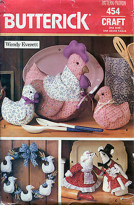 "Butterick 454 Decorative Country 18"" HENS CHICKS DUCK MICE Pattern Wendy Everett"