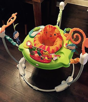 fisher-price roaring rainforest jumperoo RRP £89 Hardly Used
