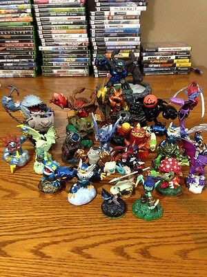 26 Skylanders Figure And 1 Portal Lot Wii Xbox 360 PS3 PS4 Xbox One Wii U!