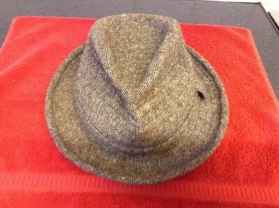 Mens brown Donegal tweed hat size 7 1/4 excellent condition