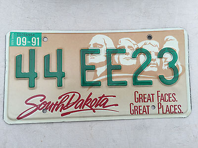 """1991 South Dakota License Plate """" 44 Ee 23 """" Sd 91 Mt Rushmore Great Faces"""