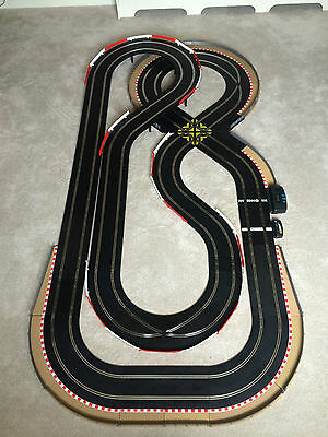 **Scalextric Sport Layout With Lap Counter & 2 Cars Set Digital Compatible**