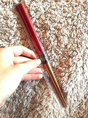 Chopsticks Made In Japan Japanese Style Red + Wood Effect Classic Smart Design