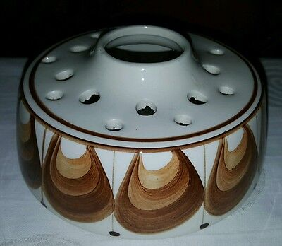 Jersey Cream/brown Pottery Posy Bowl Frog Vase