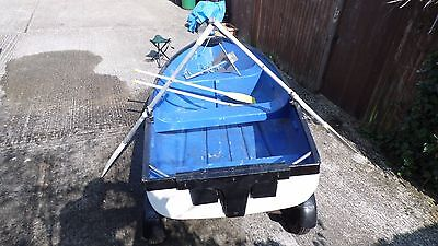 9 ft 6 in x 4 ft Fishing boat, Trailer, Outboard.