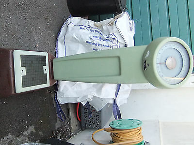 Vintage 1960s Avery Old Penny Upright Weighing Scales
