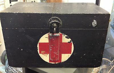 Vintage Ww2 Wooden First Aid Military Red Cross Medical Chest/box With Hardware